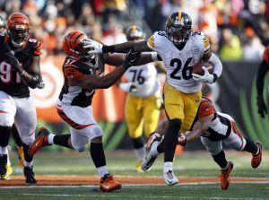 Steelers_Bengals_Football.J2